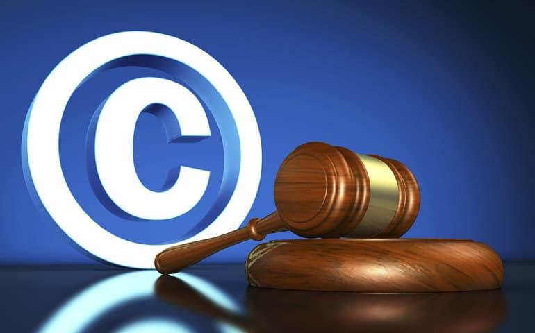 сделать защита фотографий авторское право них