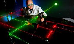 """Реферат на тему: """"Лазерные технологии и их использование"""" - виды, примеры и сферы применения"""